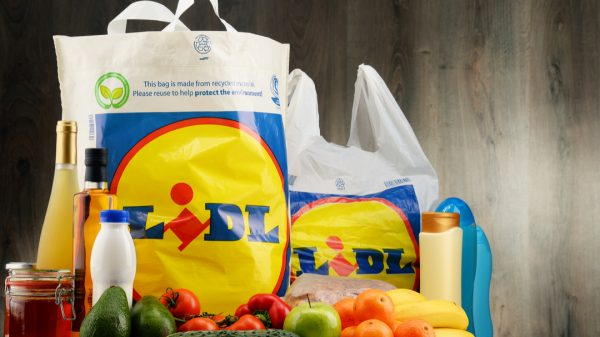 Lidl to replace single-use fruit and veg bags