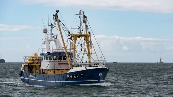 France threatens retaliatory measures over UK fishing rights