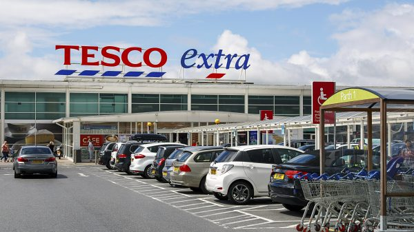Tesco to test till-free shopping in busier stores