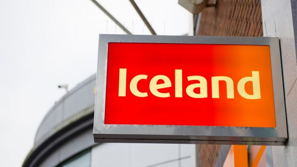 Iceland responds to 'pingdemic' with recruitment drive