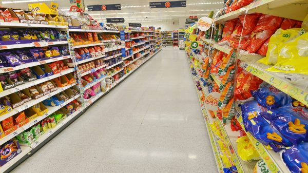 Supermarkets face tax 'tsunami' from food report