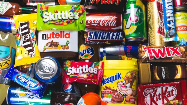 Remove unhealthy food from checkouts, say scientists