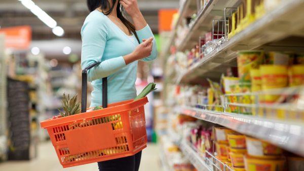 Food sales increase in August, as online sales drop