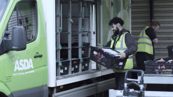 Asda has announced it is to recruit 15,000 people to help with the busy Christmas period.