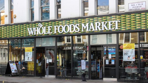 Whole Foods CEO to steps down after 40 years